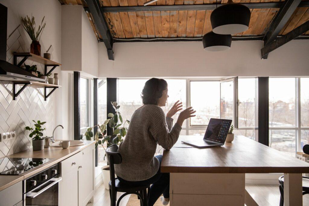 Dossier LeMondeInformatique - Digital workplace : Le bureau des salariés en pleine mutation